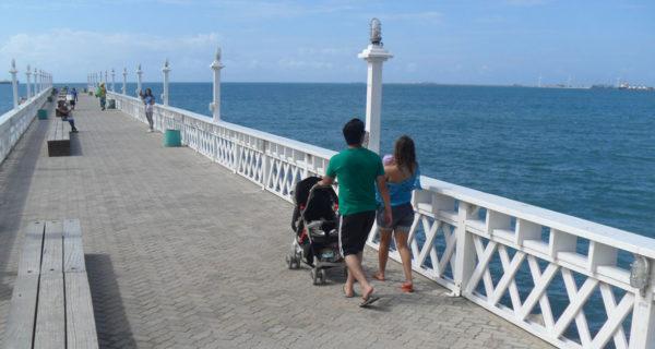 Saiba quais são as regras para viajar com crianças nas férias
